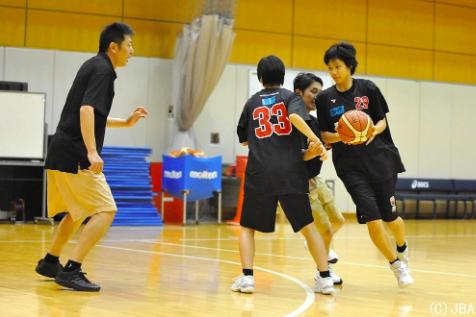 【保存版】バスケのスクリーンを徹底解説!一気に上達する為に必要な完全版練習メニューを教えます!