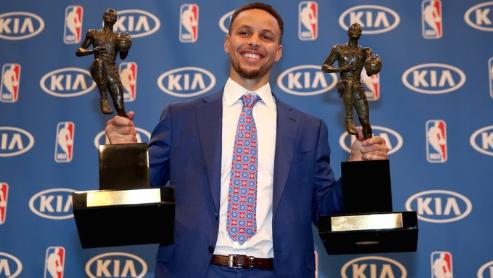 【完全保存版】ステフィンカリーの凄さを徹底深掘り!NBAの歴史を塗り替えた男!芸術的なプレーを可能な限り集め解説!